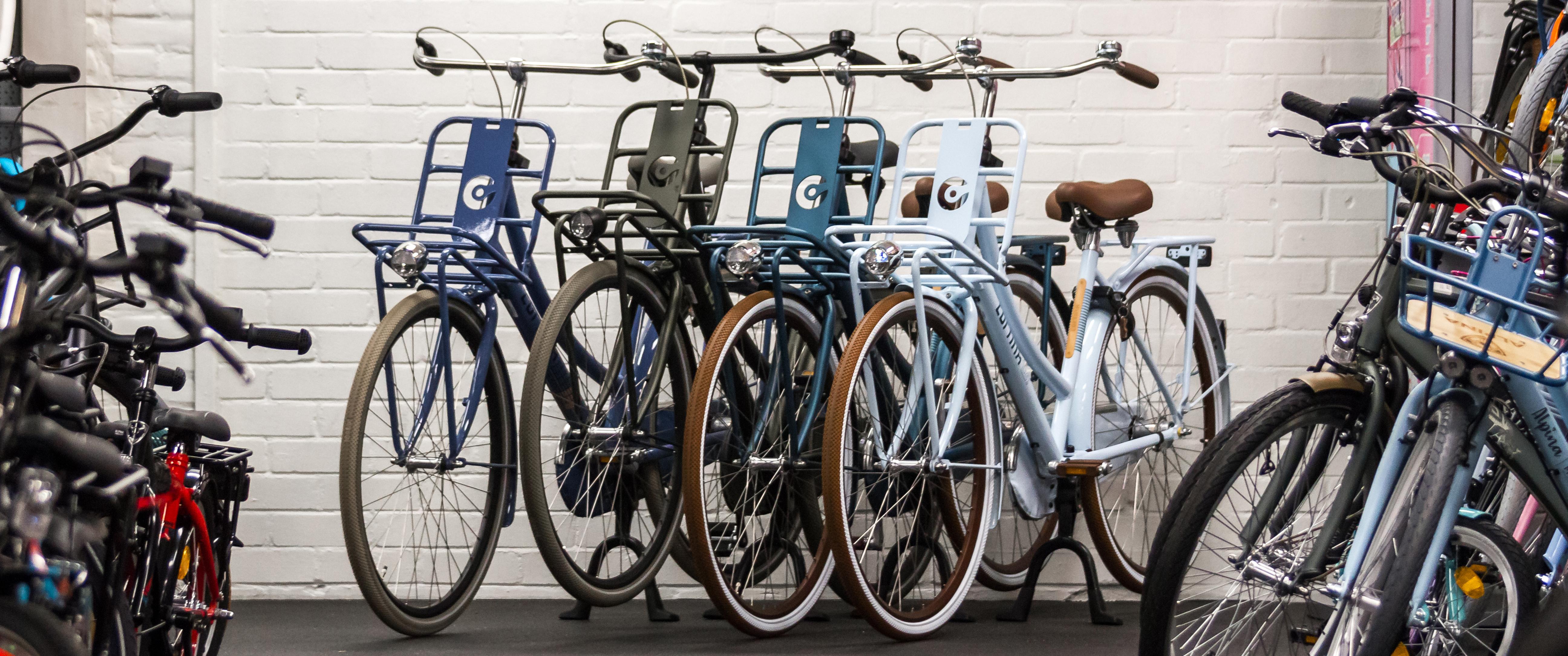 cortina fietsen op een rij